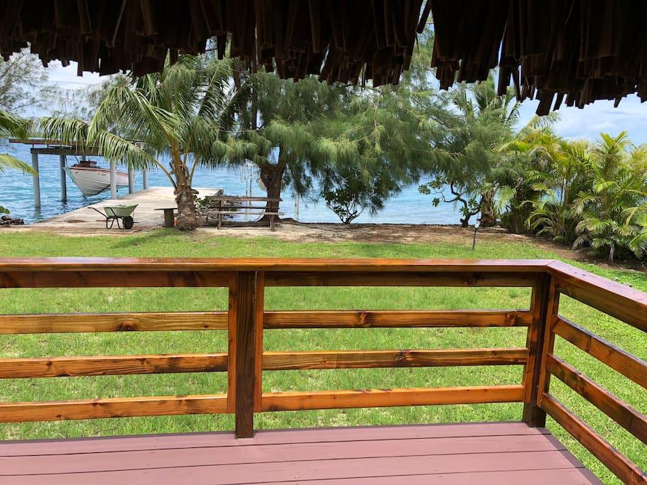 Vue depuis le balcon du bungalow