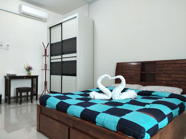 Kota Bharu | Bed for 2 | Studio in The Eye Of City