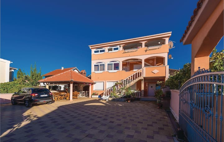Awesome home in Vrsi with WiFi and 2 Bedrooms