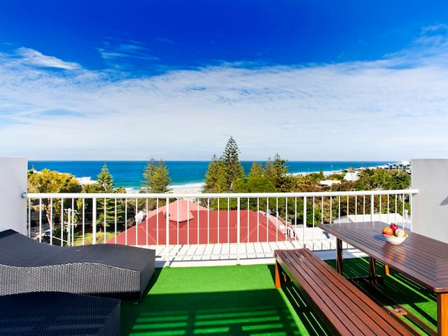 Spectacular views - 3 bed entire beach apartment - Sunshine Beach - Apartament
