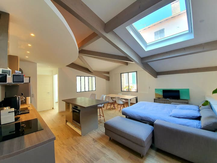 BRAND NEW RENOVATED LOFT IN CITY CENTER
