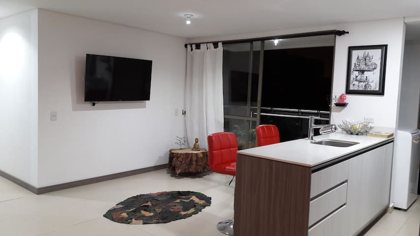 1BR Modern Luxury Building 24HR Gatekeeper Central - Medellín - Byt