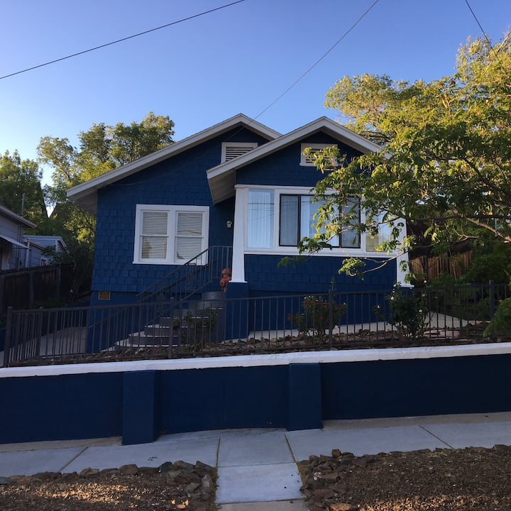 Downtown Blue Horse Cottage