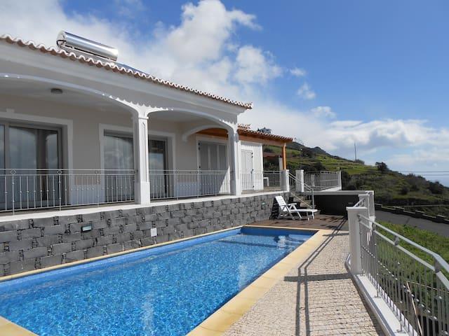 Villa Sun - Estreito da Calheta - Casa