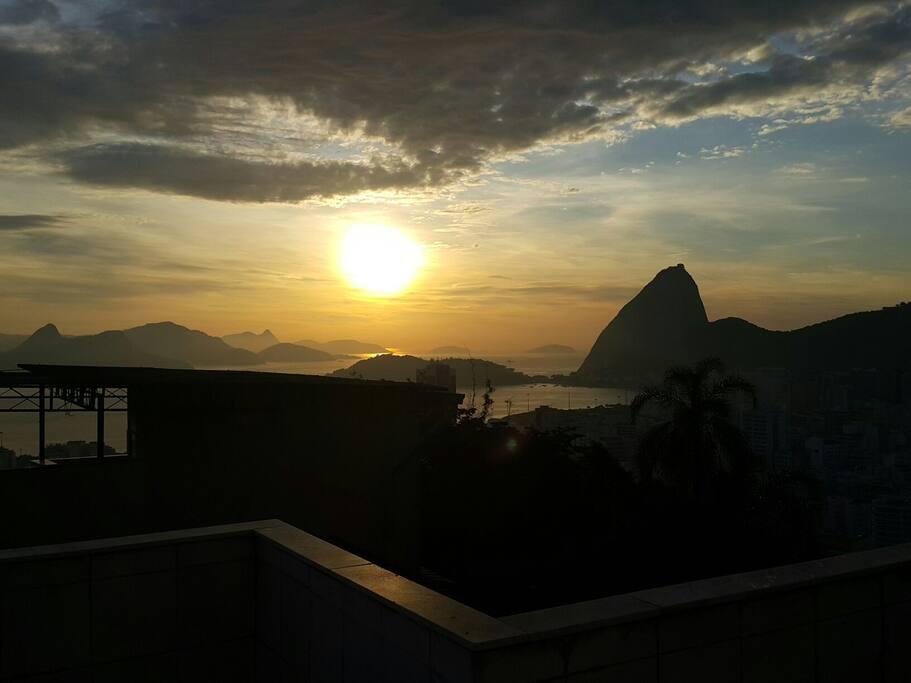 Sunrise over Sugarloaf