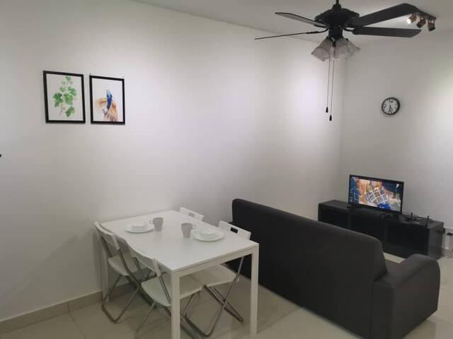 H2O Studio LV8 free Wifi | Sunway |Subang Airport