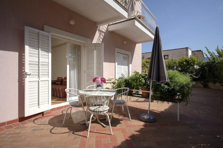 Villa Bozica - One Bedroom Apartment with Terrace - A2
