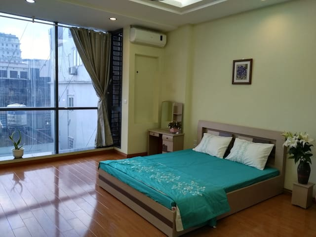 Spacious&Safe apartment near Hanoi center - Cát Linh - Huoneisto