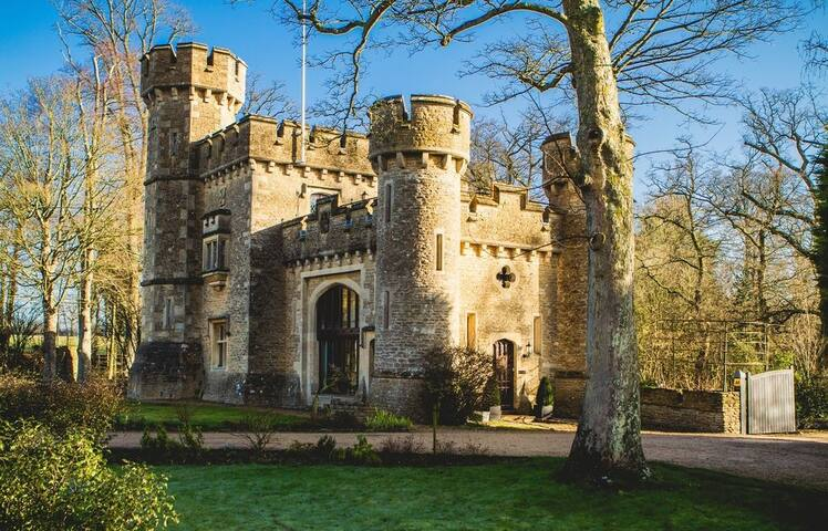 Bath Lodge Castle 3