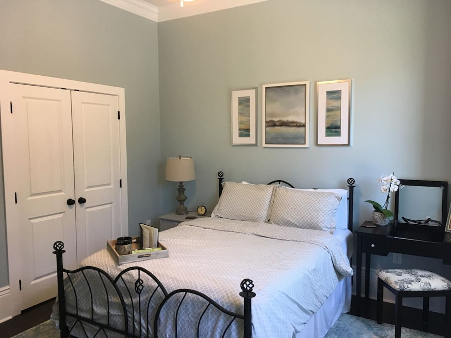 Very spacious and so relaxing! A place to rejuvenate! Our home has central air conditioning- which makes for a more enjoyable and comfortable stay here in NOLA.