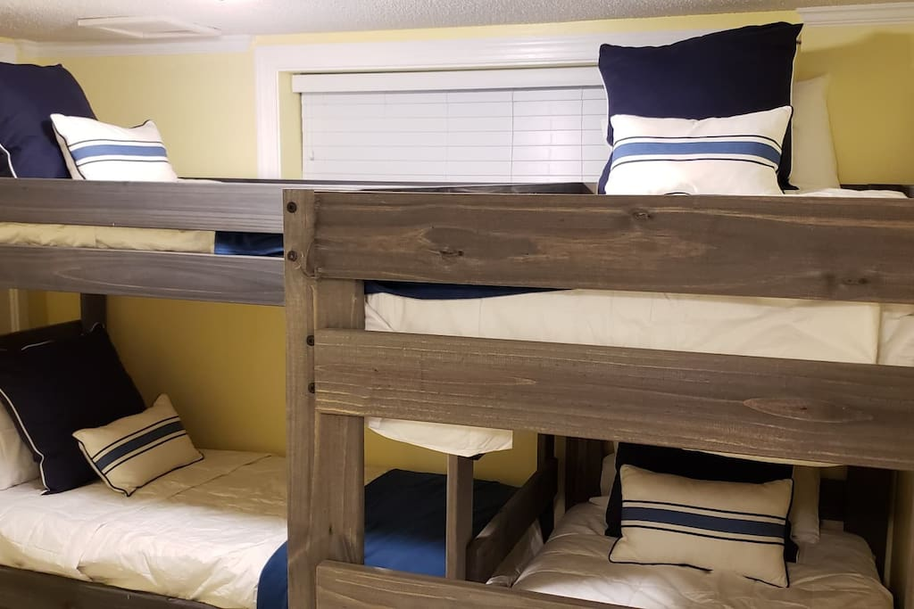 We've updated out guest room to 2 sets of bunk beds!  These bunk beds are so comfortable! Great for larger parties or families with kids!
