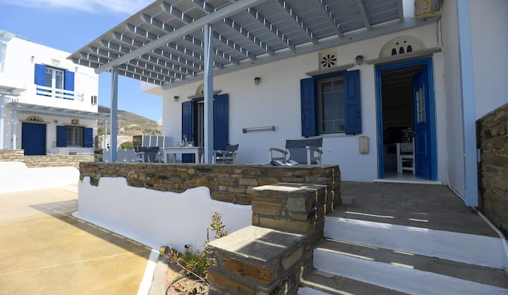 "Seaview apartment at ""Nostos"""