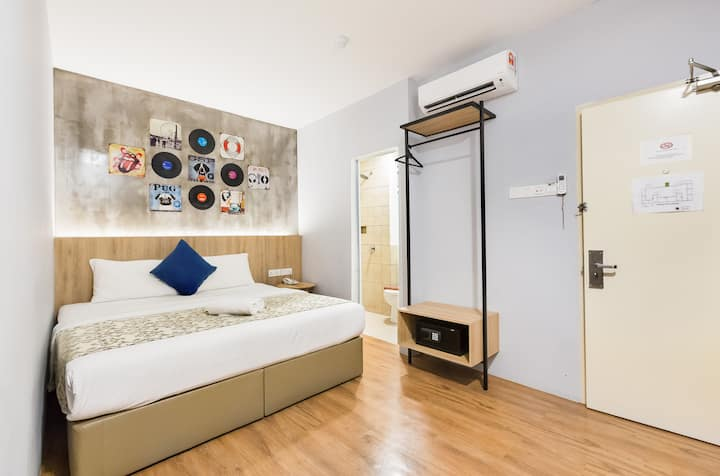 Cozy Room for 2,JB Town,3 mins to main shopping