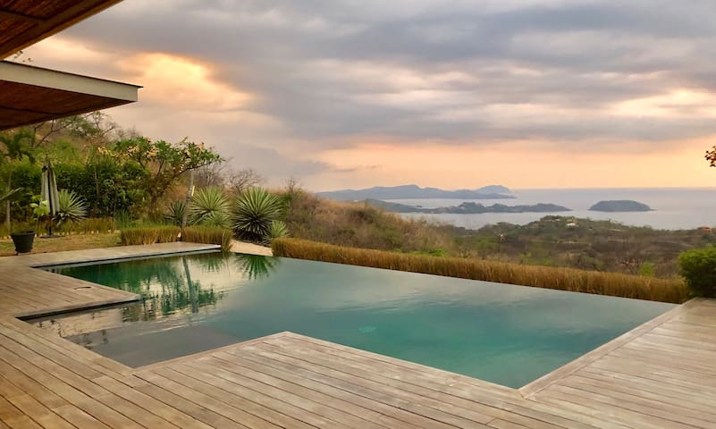 Infinity pool with a 220 degrees breathtaking view of the Pacific Ocean and Catalinas Islands.