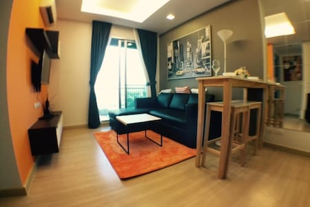 Canal view  1 BR on Thonglor Wifi/Gym/Pool - Bangkok