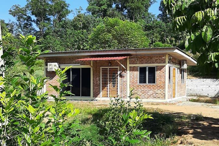 Azam Homestay, Beranang
