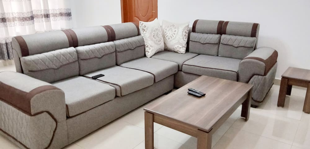 CHEAPEST&CLEANEST HOUSE IN KIGALI/ 6MIN TO AIRPORT