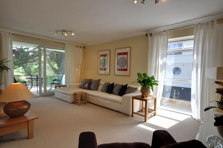 3 Seahaven - Sandbanks, Poole - Apartment