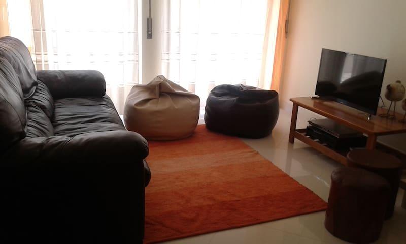 Apartamento r/c T1+1