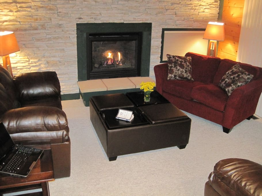 Living room with gas fire place.