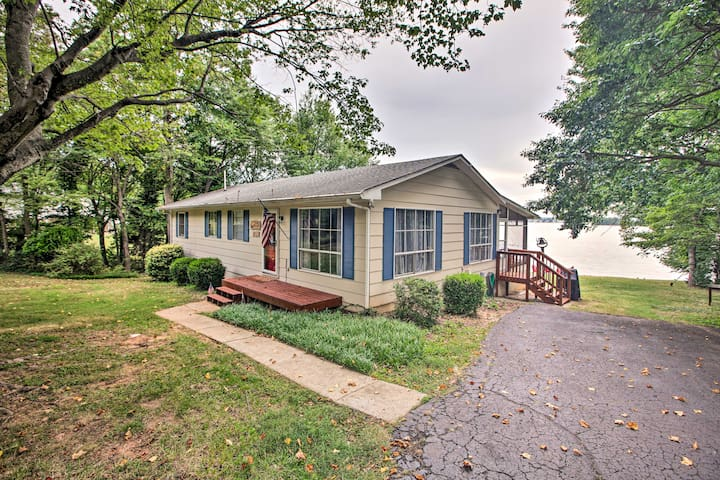 NEW! Lakefront Living w/ Dock, Fire Pit & Sunroom!