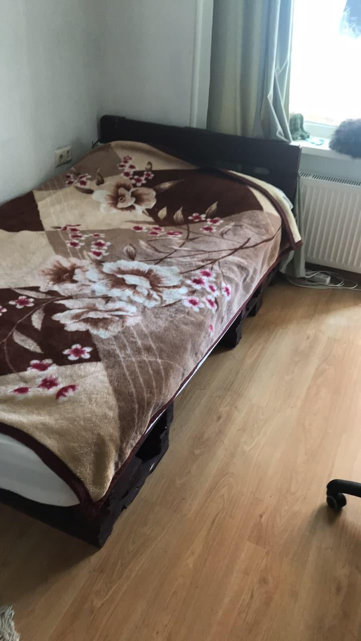 Отличная з-комнатная квартира
