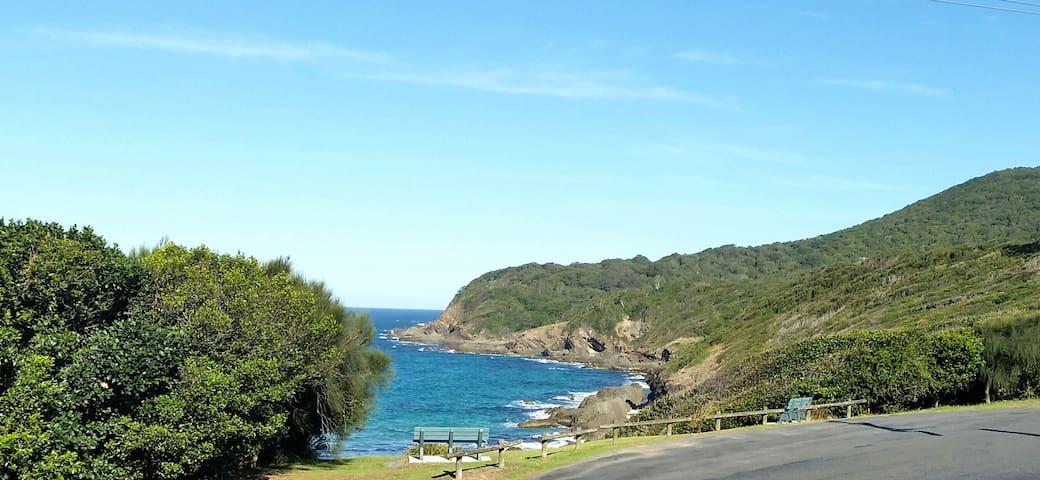 Perfect Beachfront Getaway with Ocean Views