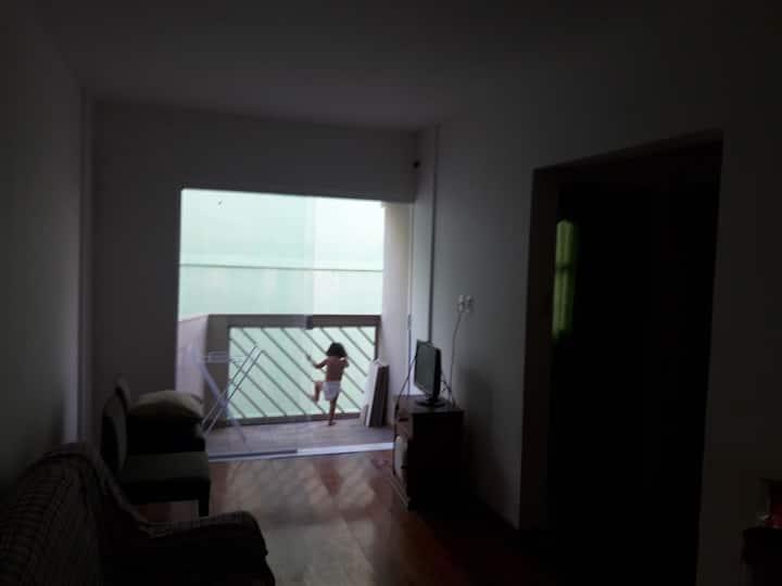 Apartamento com ótima localização em Jacaraípe
