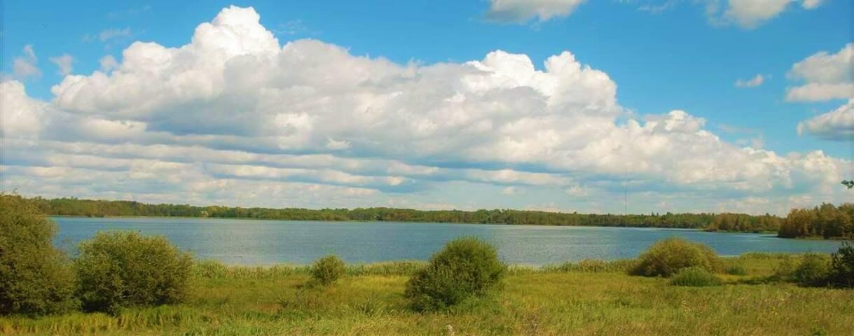 Acreage on the Lake