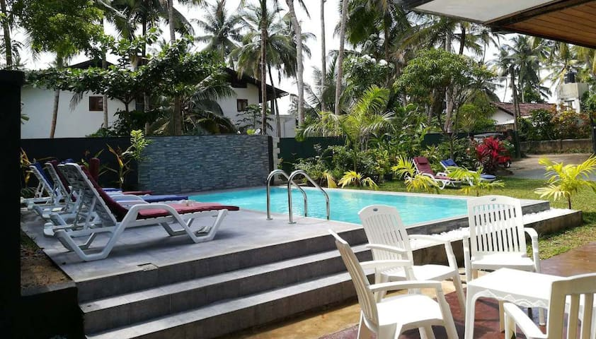 JayaVilla 4AC BR Holiday Home with a private POOL