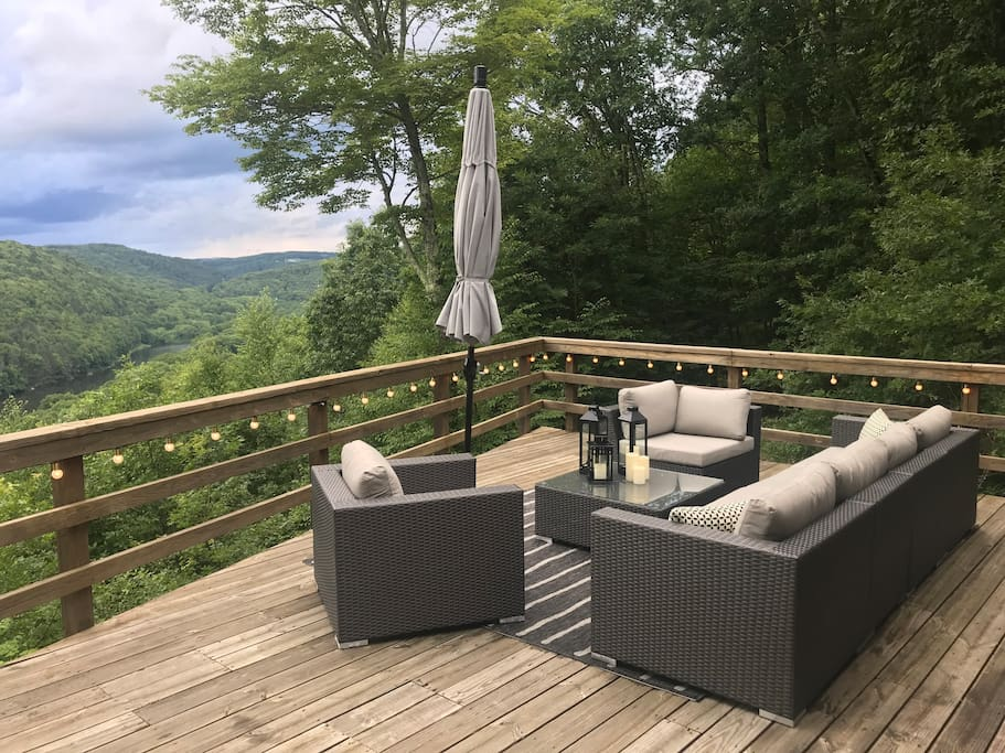 Back deck lounge area overlooking the Delaware River