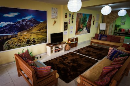Mama Backpackers Free breakfast & 4 beds room