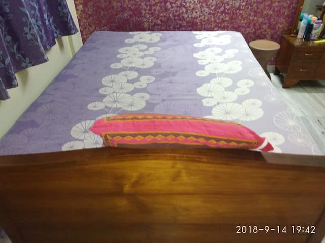 Chandernagore Guest House