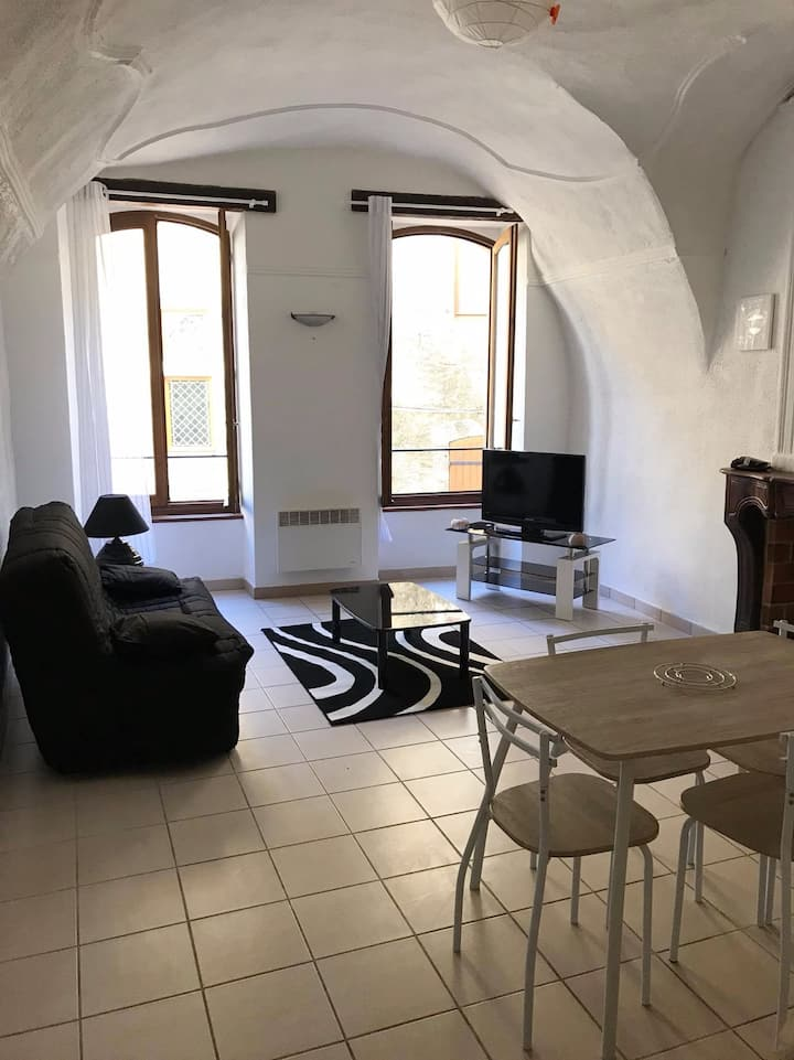 Appartement au sein d'un village médiéval