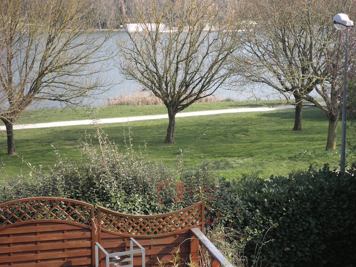Chambre vue sur lac