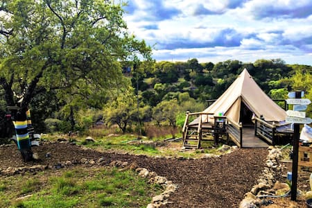 The Texas Bell Tent Glamping - Spring Branch