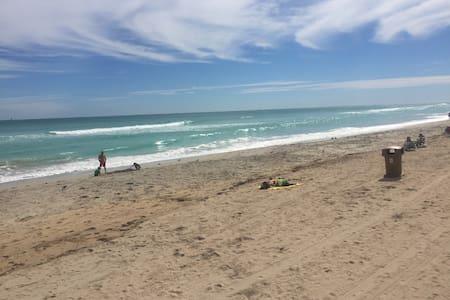 sunny islses beach 327 - Sunny Isles Beach