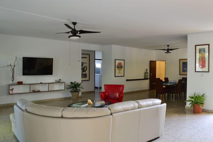 NEW! The Waves House / Casa Las Olas - San Juan - Casa