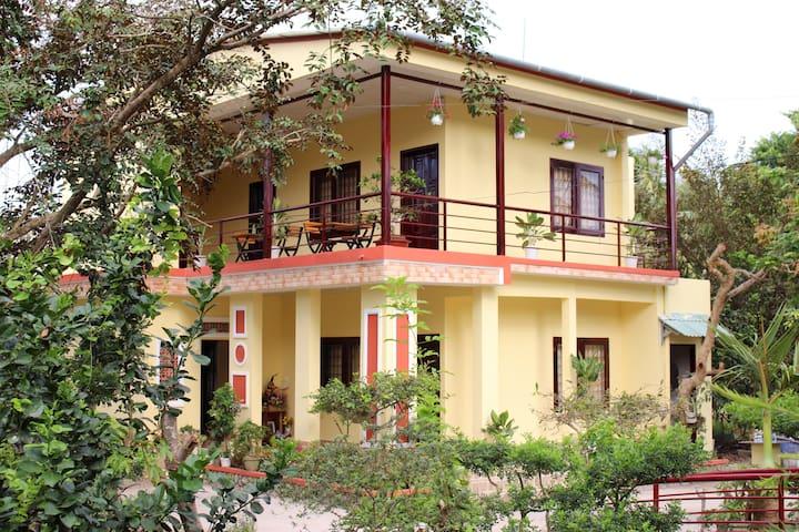 Nguyet Que Homestay - Garden View - Room 3