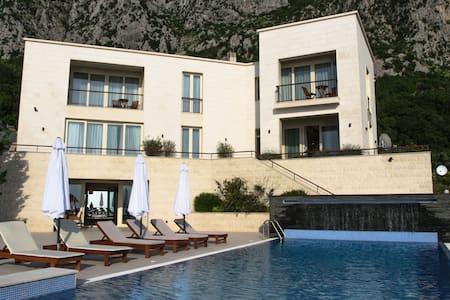 Villa Excellence - Sveti Stefan