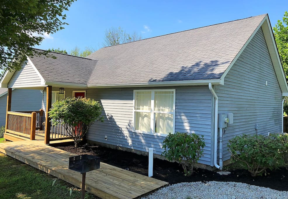 This cottage has the most updated landscaping, a refinished front and back porch, and a charcoal grill ready for your arrival.