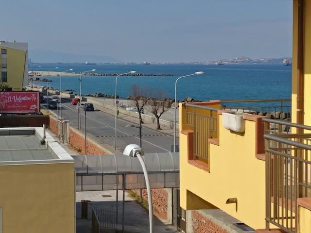 Appartamento sulla Spiaggia             AFFITTASI