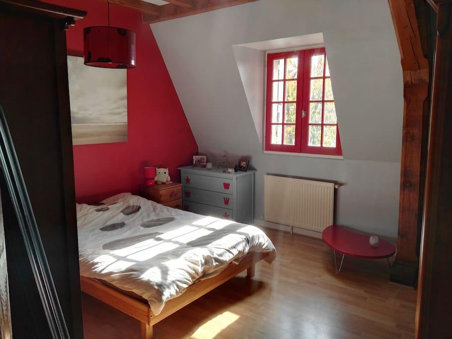 chambre 15m2 proche d 39 angers et des bords de loire houses for rent in bouchemaine pays de la. Black Bedroom Furniture Sets. Home Design Ideas