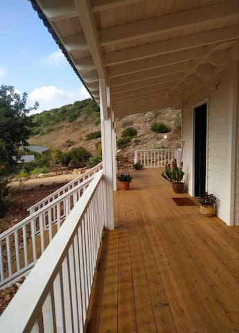 Gorgeous peaceful farm house villa w/ seaview 2BR