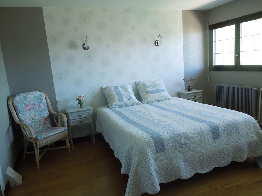 Chambre chez l 39 habitant avec petit d jeuner chambres d - Chambre d hote chez l habitant ...