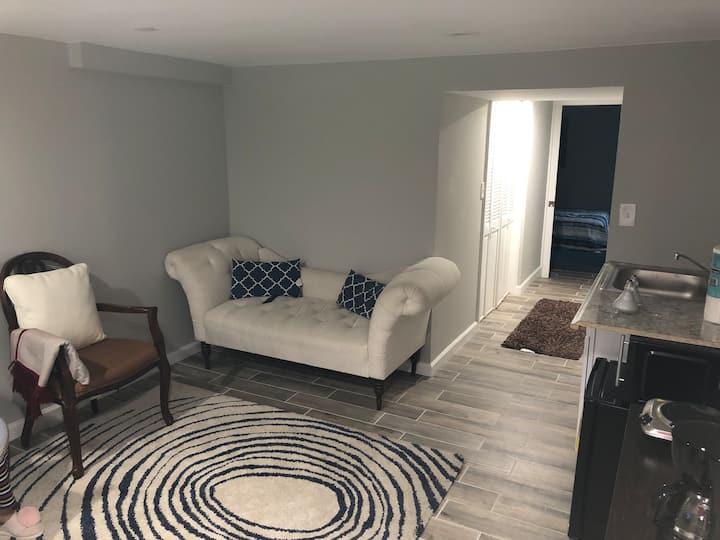 Private Brand New Cozy 1 Bedroom Apartment