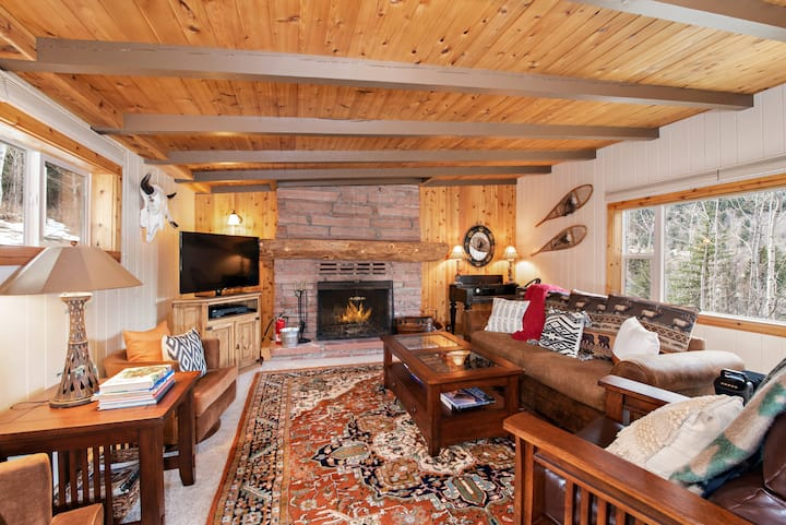 Historic Redstone Home w/Fireplaces, Deck & Views!