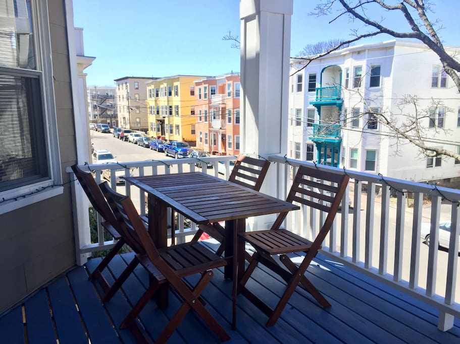 Private balcony with a table for 4!