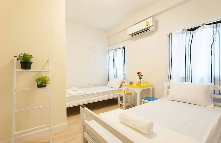 Private Family Room for 2  @ Suan Phlu, Sathorn