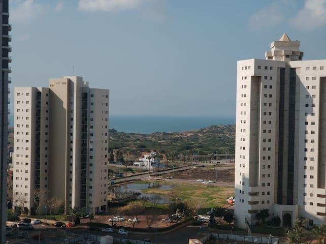 Great  Family Apartment Near The Sea